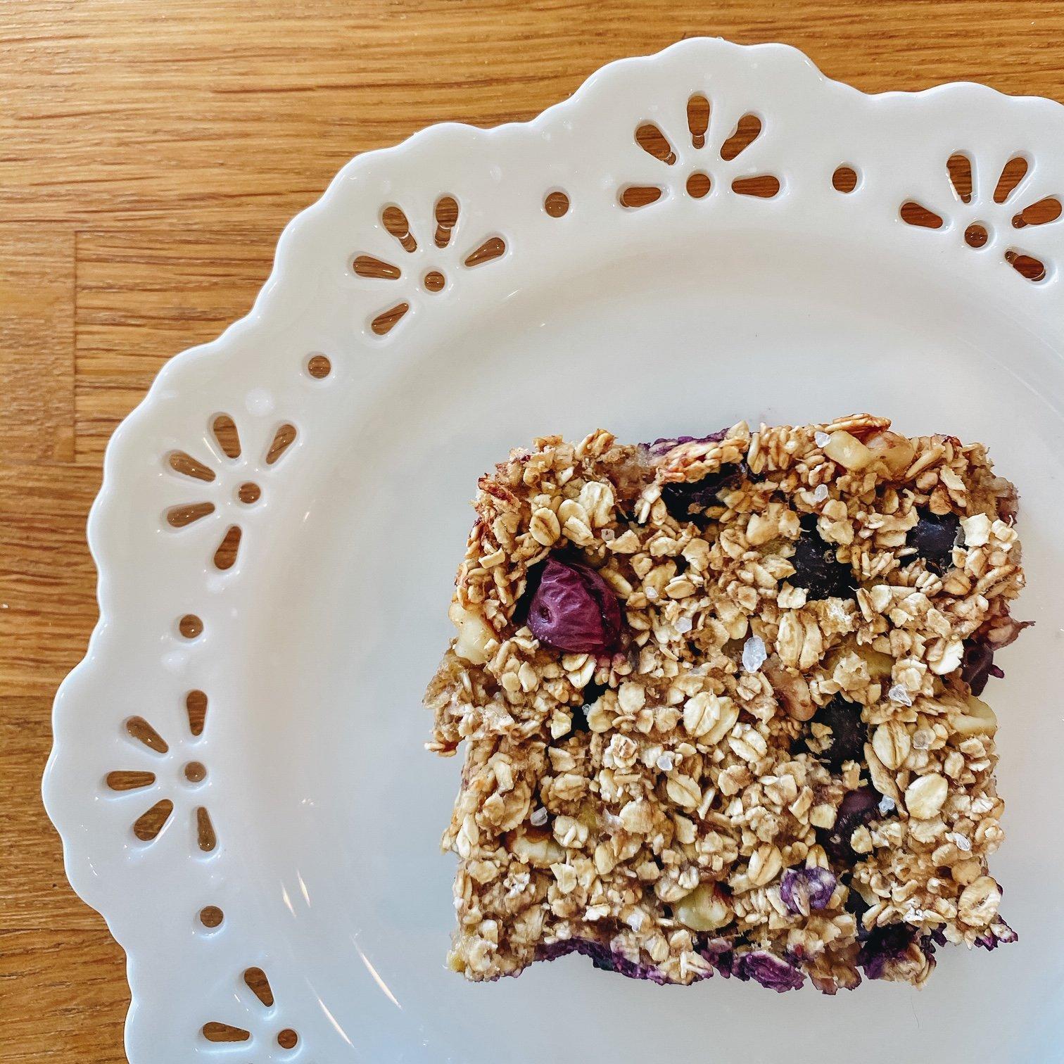 Gluten Free & Vegan Banana Oatmeal Bars w/ Blueberries & Walnuts Recipe